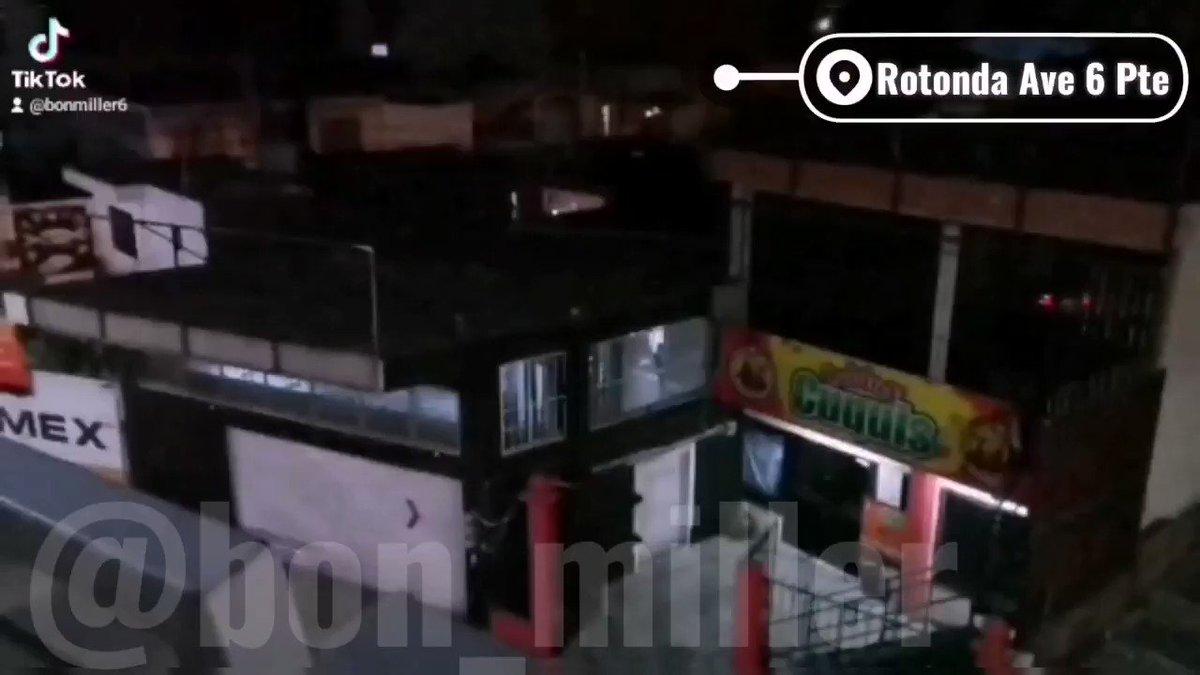 El gym #COVID19 q se pasa por el arco del triunfo el decreto del @Gob_Puebla, opera a puerta cerrada y está en el Blvrd Nrte y Av 6 Pte. 😎 @CICPue @RiveraVivanco_ @PueblaAyto @GusSalvatori @ReneSGalindo @NormaAyto @MBarbosaMX @SaludGobPue @GenovevaHuerta @Biestro @RegidoresPue