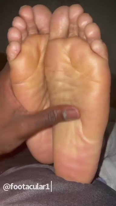 🔥NEW FOOT MODEL🔥 COMING SOON... https://t.co/jpoWAGv4eY