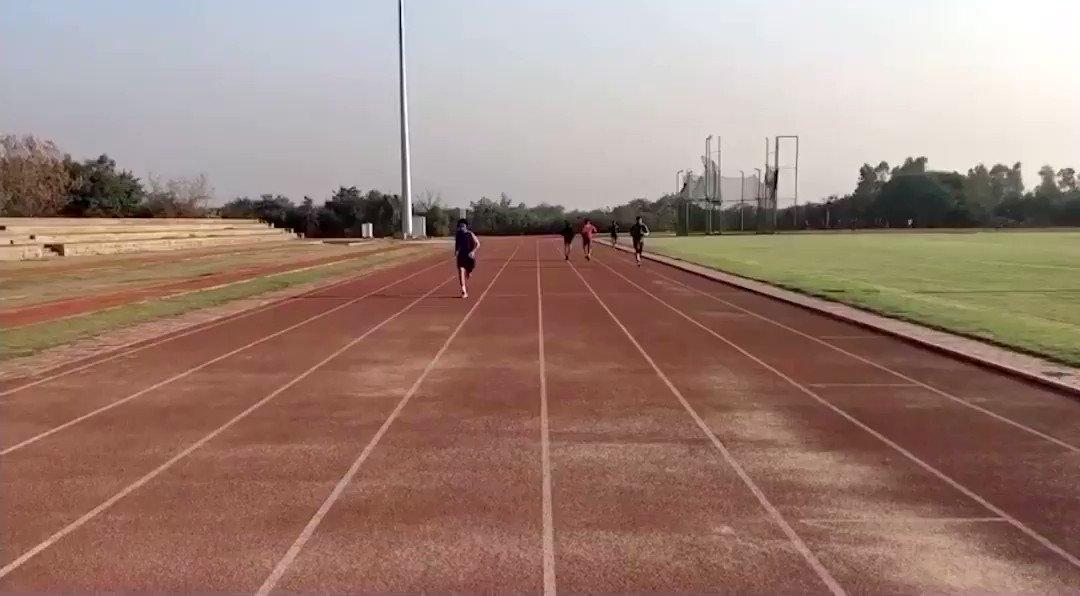 Keep pushing yourself. 👊 . . . @VidyutJammwal #NeverGiveUp #morningmotivation #wednesdaythought #boxing #fitindiamovement #fitnessjourney