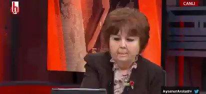 Klasik bir CHP'li gözünden hukuk:  Kendilerine yönelik her söylem: hakaret   Karşılarındakine yönelik her hakaret: ifade özgürlüğü...