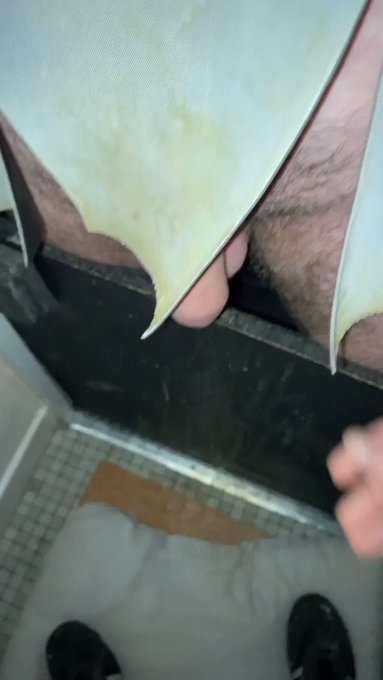 It kept growing!   Early morning #Gloryhole at #TheBlackpoolPlayroom.   Retweet if that bad boy would