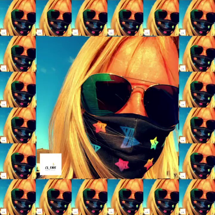 Feeling a little 'abstract' today......  #abstractart #art #abstract #portrait #covid_19 #mask#wearyourmask #canaryislands #canaryisland #lanzarotenews #lanzarote #instadaily #instagood #instagram #morning #goodmorning #sun #sunshine #wednesday #bluesky #moddleoftheweek