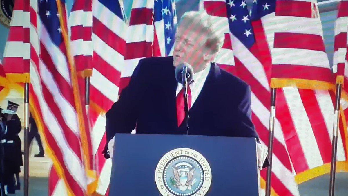 """Trump, in continuità con gli accadimenti del 6 gennaio, da l'addio alla Casa Bianca con YMCA dei Village People  """"See you soon""""  #InaugurationDay"""