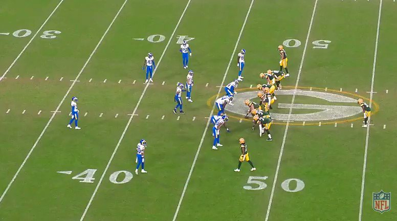 1:01 1Q:  Aaron Jones is such a smart runner. Packers call a toss play and 33 bangs back inside, gets pulled down by 54 but knows that he never hits the ground. The reaction time is so fast. Just gets up and keeps churning for yards. He's so good. #LARvsGB