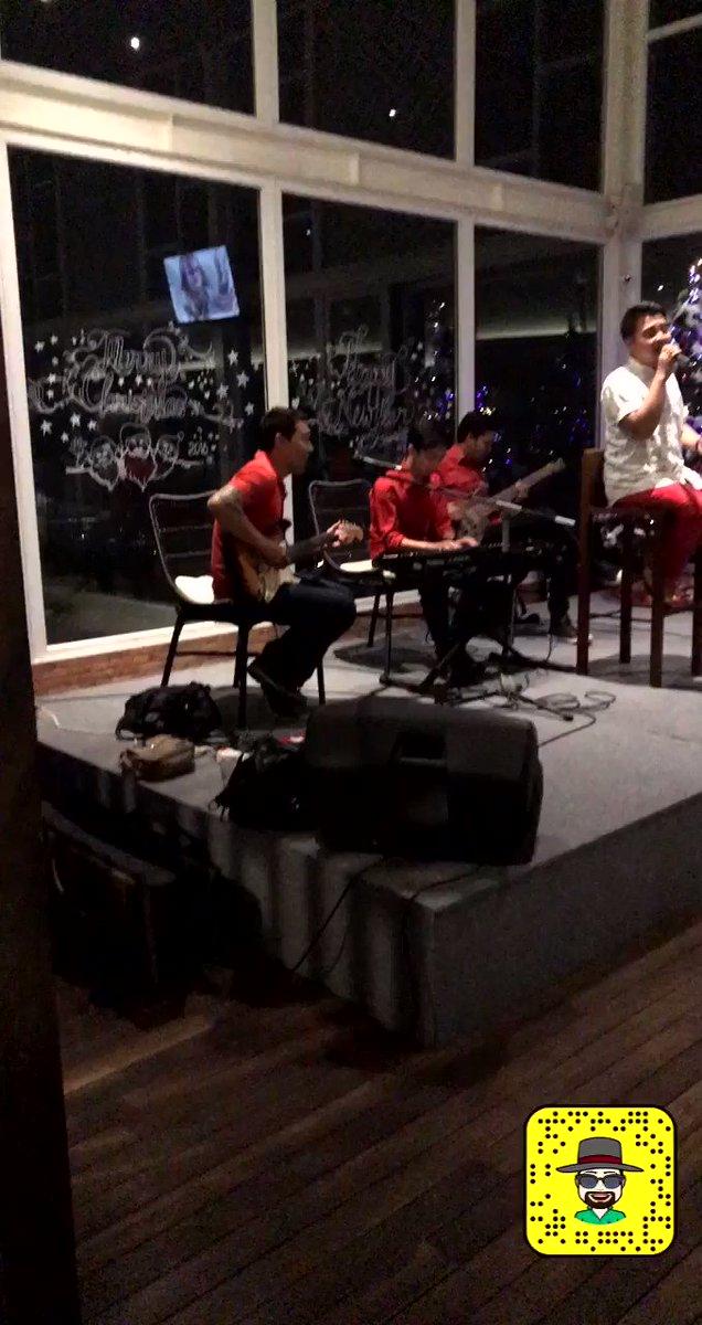 ترفيه عن النفس 🥰 الاستمتاع بالموسيقى 🎤🎸🎹🎼  انــدونيــ♥️ 🇮🇩ـســيا  #تصويري 🎥 #اندونيسيا 🇮🇩 #WonderfulIndonesia