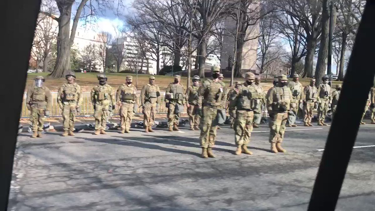 Report: National Guard Turned Backs on Biden Motorcade VhtAMNAr9zzpsKSx