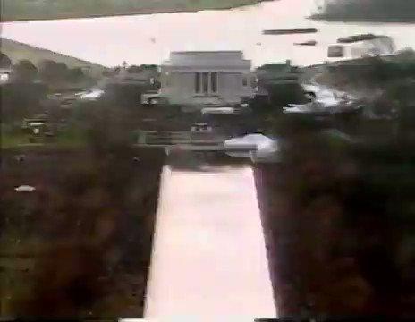Replying to @yopotnawhiz: LL Cool J - Bill Clinton 1993 Inauguration.