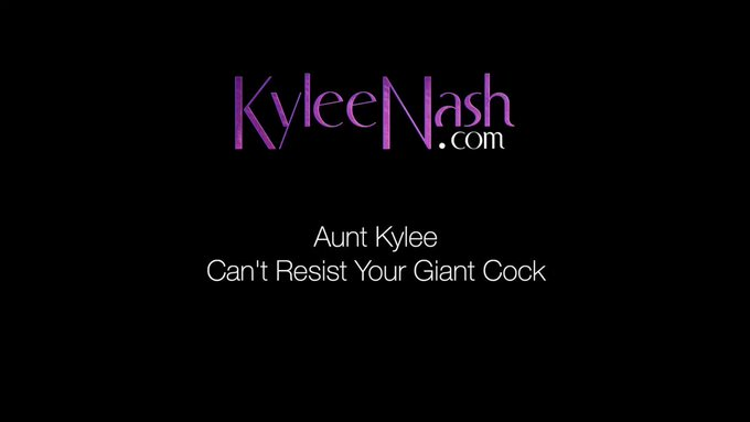Just sold! Aunt Kylee Can't Resist Your Giant Cock https://t.co/7U5vLaaigI #MVSales https://t.co/iMf