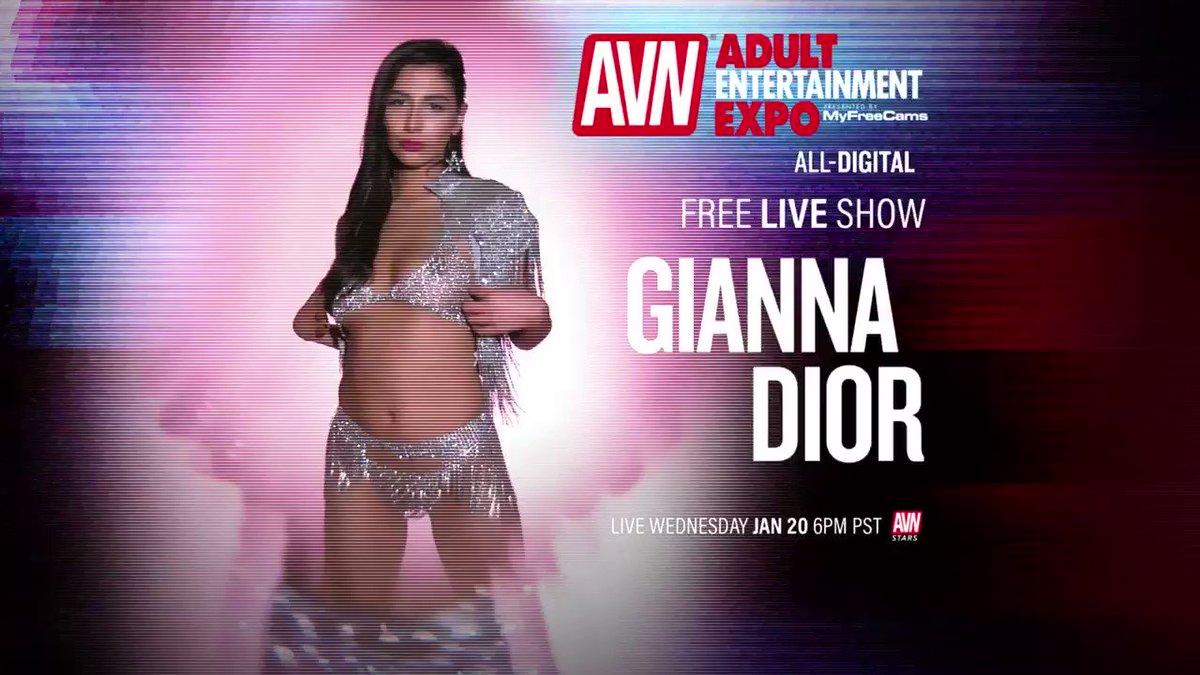 free live show tonight at 6 PST on AVNstars.com !! @AEexpo