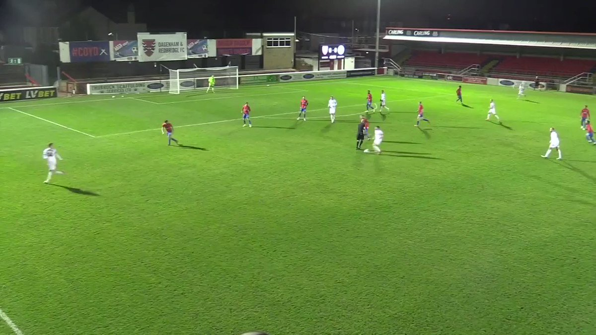 ⚽️ A poacher's finish from @r_b3nn3tt ⚽️⚽️ An electric counter-attack and stunning finish from @A_reidx.   County's front two did the business for the Hatters last night, to secure a big three points away at Dagenham! 🙌  🎥: @Dag_RedFC