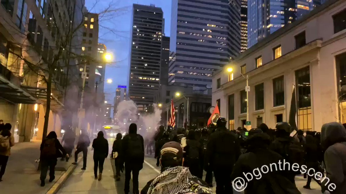 Replying to @disclosetv: JUST IN - Antifa on the move in Seattle a little over 8 hours since Joe Biden was inaugurated.
