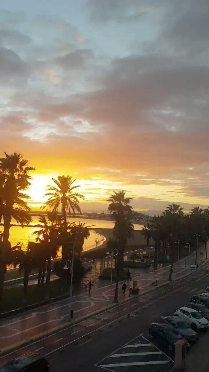 #BuenosDias  Hoy #21Enero en #Melilla  el cielo estará nuboso. Tendremos una temperatura mínima 11 grados y una máxima de 21. El viento soplará del oeste y el suroeste a hasta 15 kilómetros por hora. #FelizJueves