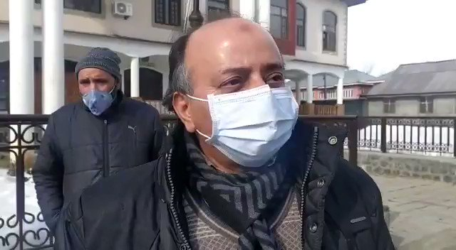 Watch* @KNSKashmir  Anantanag PDD Cheif Engineer Aijaz Ah Dar talking to #KNS Senior correspondent Tasaduq Rasheed @kansalrohit69 @OfficeOfLGJandK @diprjk