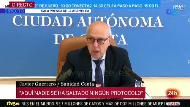 """El consejero de Sanidad de Ceuta, Javier Guerrero, asegura que no dimitirá después de haberse vacunado saltándose el protocolo.   La explicación:  """"Yo no quería vacunarme, pero mis técnicos me lo plantearon. No me gustan las vacunas"""".  ¿Puede haber una estrategia más torpe?"""