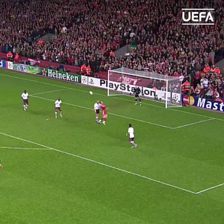 THAT Sensational solo run from Theo Walcott & assist for Emmanuel Adebayor ⚽️  #UCL | #TBT | @Arsenal