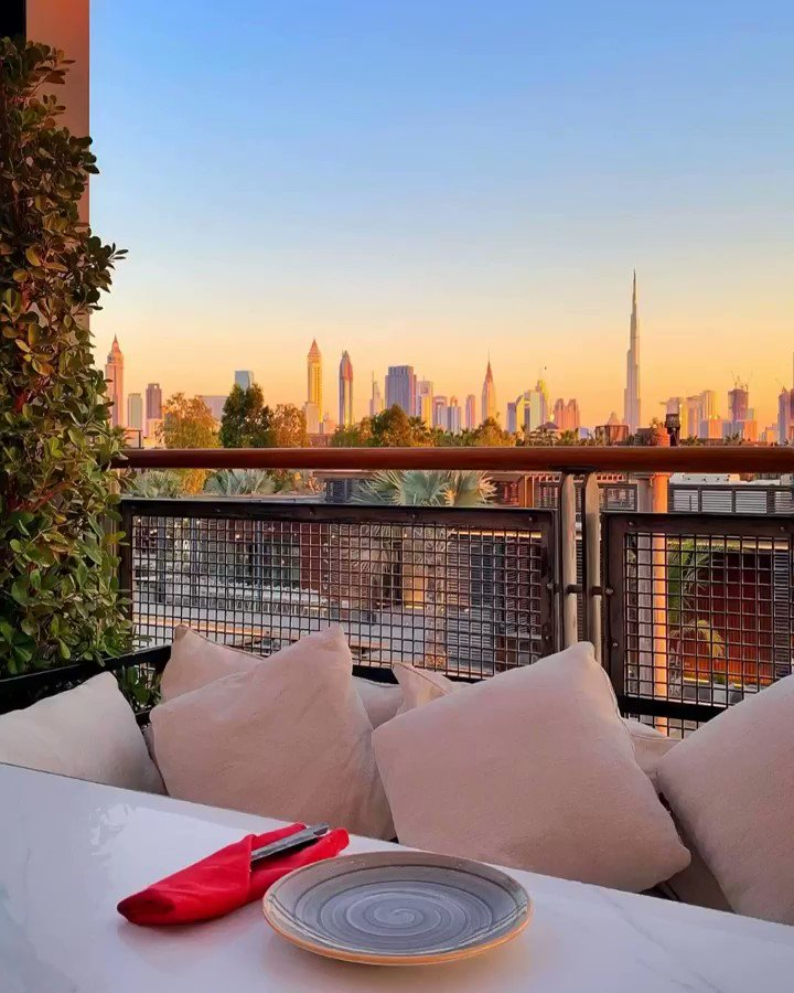 #ThursdayEscapes with Zoe Bowker at #OshDubai!  '#OSH at #LaMer ticks all the boxes -their upstairs balcony affords some of the most beautiful #sunsetviews of Dubai's skyline & their menu, inspired by #Uzbek & Central Asian cuisine, makes for a delicious, hearty-yet-light feast.'