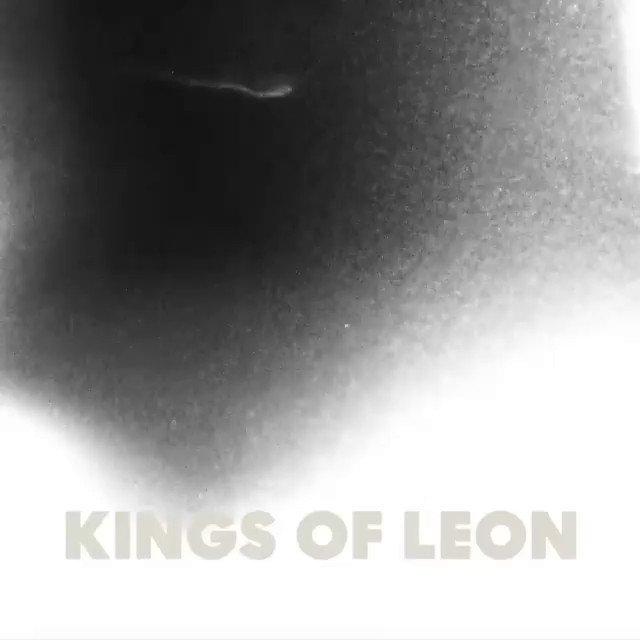El 5 de Marzo podremos darle play a #WhenYouSeeYourSelf el nuevo álbum de @KingsOfLeon 🤘🏼✨...  Ya puedes hacer Pre-save y ser de los primeros en escucharlo. 😉  #KingOfLeon  🔗: