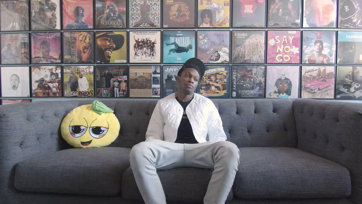 Lil Eazzyy: The Lemonade Stand Interview     [@Lileazzyy]