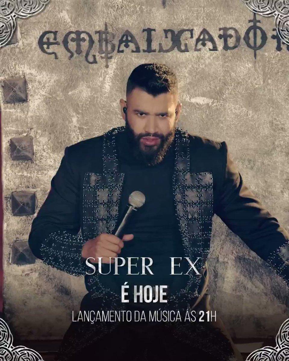 """Hoje às 21h, a música """"Super Ex"""" novo lançamento de @gusttavo_lima estará disponível em todas as plataformas digitais!! Fiquem ligados!!  #SuperEx #OEmbaixadorTheLegacy"""