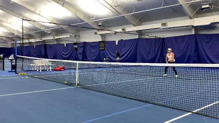 She is heading to play for @OU_WTennis next year.  @Tuckertennis player @emmastak works with coach Tomas Stillman on her low volley.  #tuckertennis #adidastennis #wilsontennis #WelcometotheGrind #collegetennis #oklahomatennis #academytennis #tennisacademy #tennis