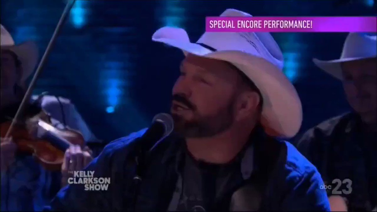 🎼🎶🎵 Garth Brooks - Friends In Low Places 🎸🤘🤠☮️  #Country #CountryMusic #Smashville