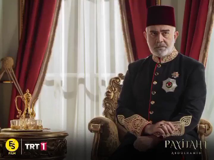 """""""Hakanımız bizi kurtarır evelallah!"""" #PayitahtAbdülhamid heyecan dolu yeni bölümüyle bu akşam TRT 1'de!"""