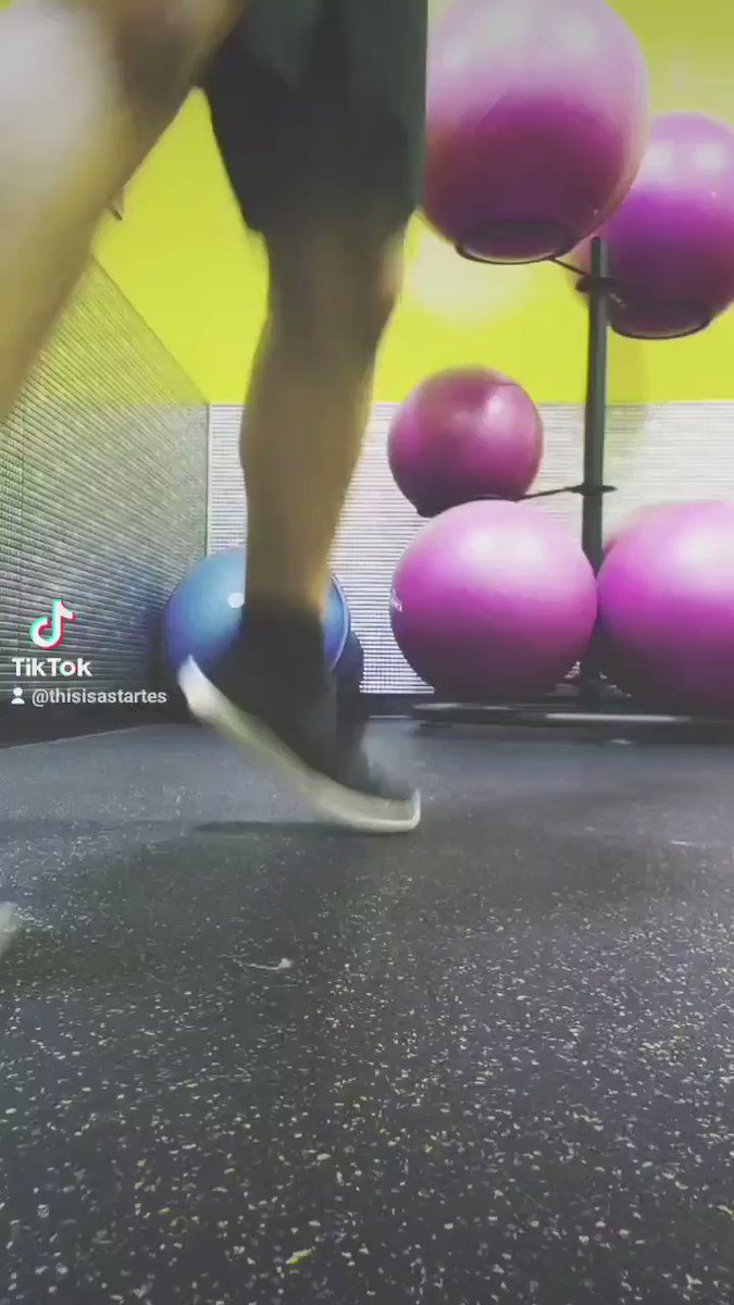 No you're amazing! ❤🤘🏼@planetfitness @tiktok  #planetoftriumphs #letsmove #getmoving #exercise #workout #fitness #gym #workinprogress #grind #fyp