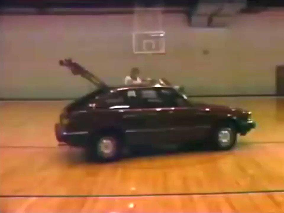 Former Blazers assistant coach Jim Lynam sure seemed like a big fan of the 1982 Honda Accord.  📼
