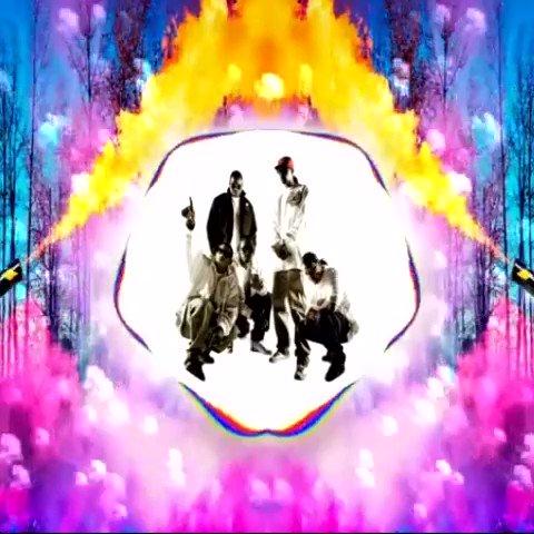 🔥🎛🔊🎧💯 New #mashup I put together - Full Version 👉🏻  Happy Friday Everyone #dj #house #rap #bonethugs