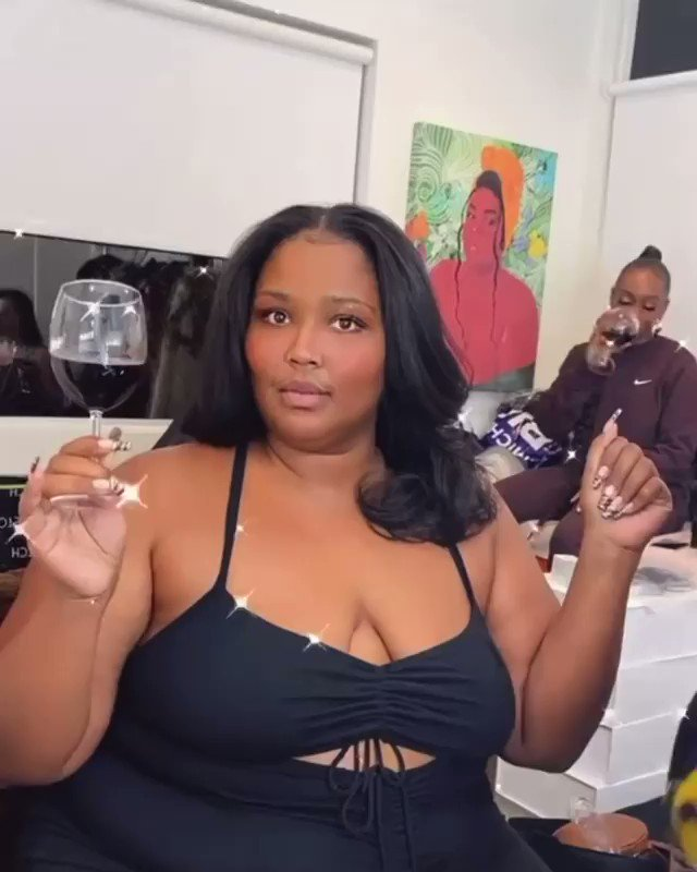 My forever weekend mood: @lizzo 🍷