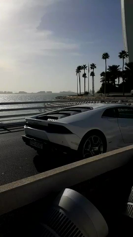 Trip out to the Burj Al Arab #supercars #supercar #Lamborghini #Dubai