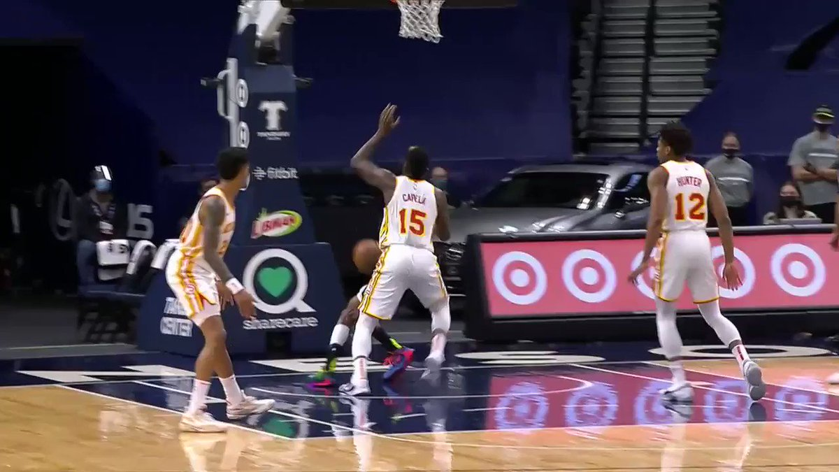 Clint Capela is the first player to post a 10-block triple-double since Anthony Davis (March 11, 2018).  🎥: @NBA  https://t.co/zzXLXwsF79