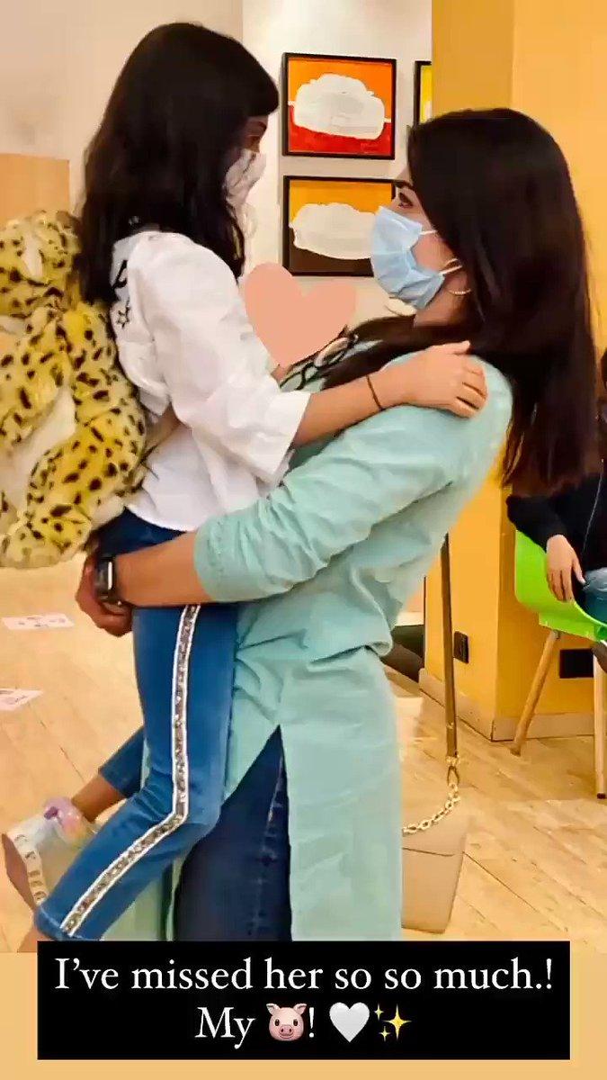 Happy morning cutie 🙋 @iamRashmika Hiii rosh ♥  my best wishes to ur sister   sweaty Rushieee 🤗🤍   Ur my happiness, Ur the sweetest ur more than my life  u are my favorite sweaty mandanna 💃 ✨♥ lots of love♥♥♥ @iamRashmika #RashmikaMandanna #MissionMajnu #Mumbai