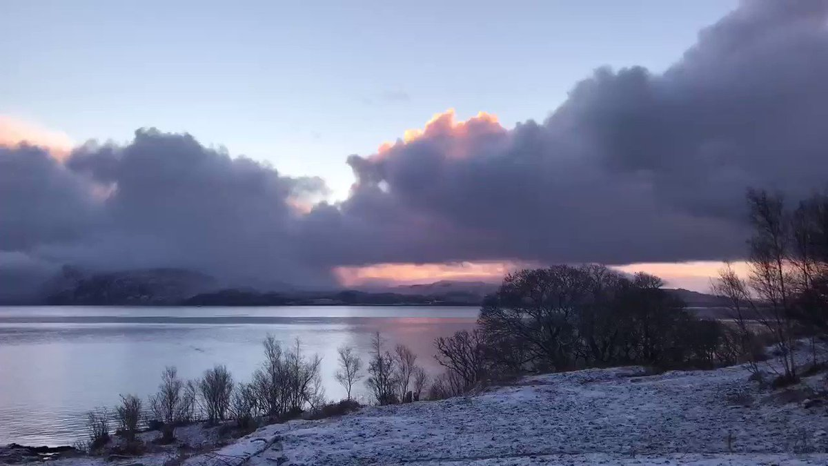 Dusting of snow, #sunrise Ardvasar,  Isle of Skye, Scotland 🏴󠁧󠁢󠁳󠁣󠁴󠁿 23/01/21 : 0845hrs @StormHour @angie_weather @ThePhotoHour @carolkirkwood @SeanBattyTV @VisitScotland