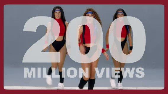 """Shak's """"Girl Like Me"""" video with @BEP has hit 200m views on @YouTube!  El video de """"Girl Like Me"""" con los @bep ya tiene 200 millones de reproducciones en Youtube!"""