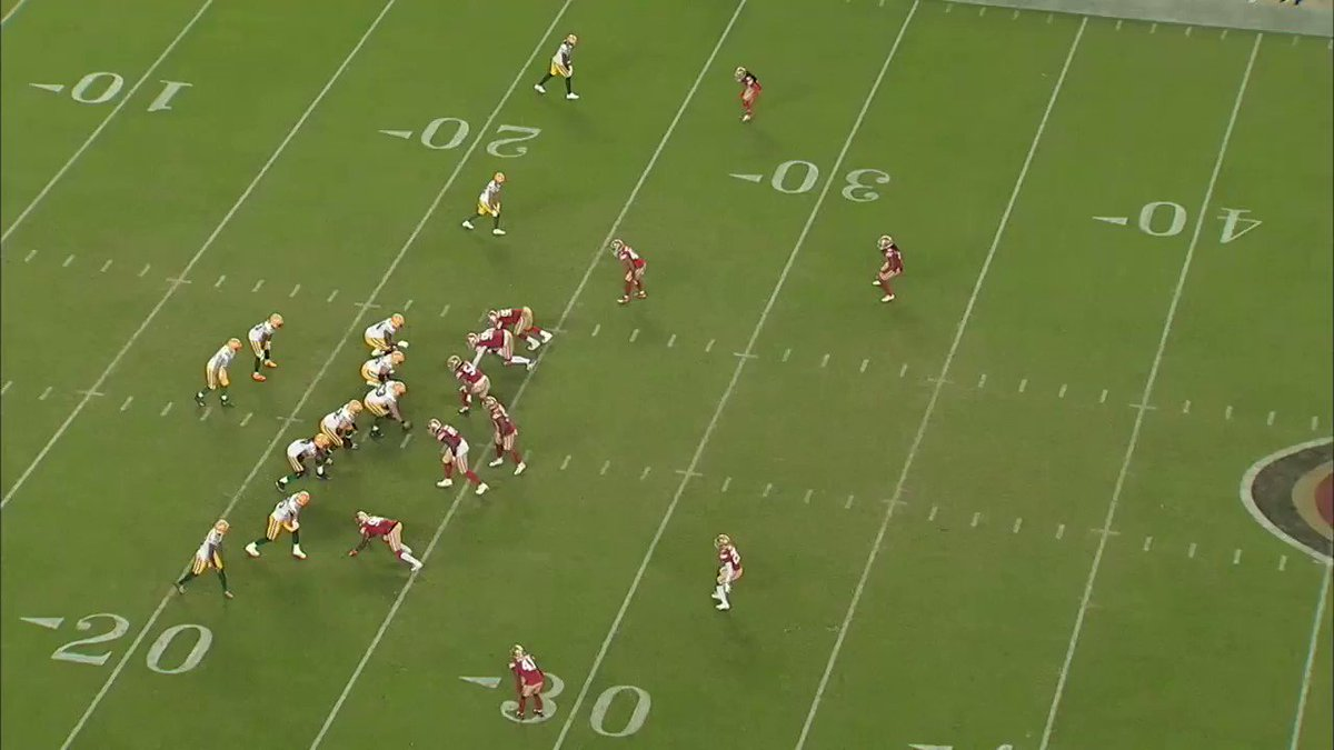 From @NFLMatchup —  We looked at the route running traits of WR Davante Adams — and the vertical dimension he brings to the Green Bay pass game.   Isolation matchups + 1-on-1 throws for QB Aaron Rodgers.   #Packers #Bucs   @gregcosell @NFLFilms
