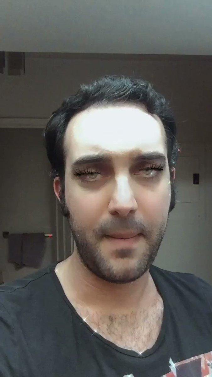 Beauty influencers who don't need eyelash extensions. #armeniantwitter #BeautySecrets