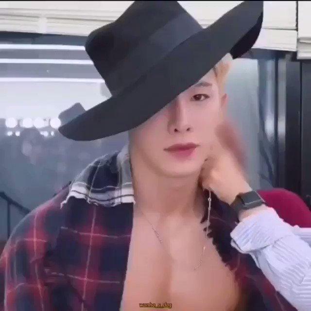 Replying to @evelinwon: Amo este video  #StanWorld #Wonho @official__wonho
