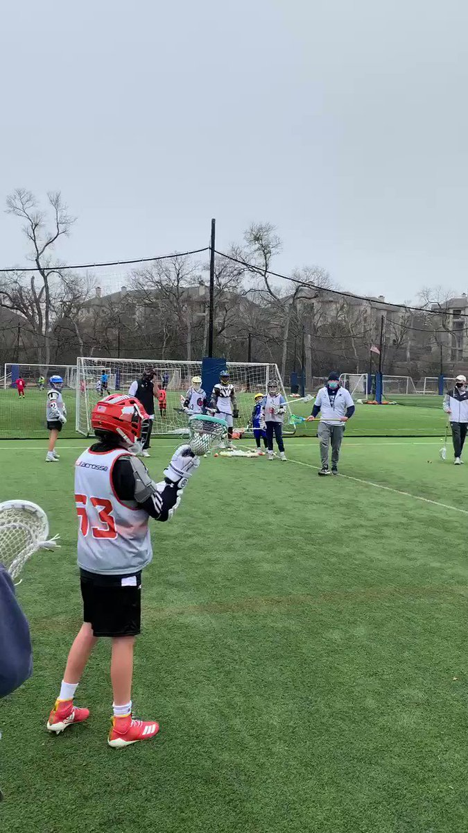 @coachburdick working on Pass Down ⬇️ Time & Room Shooting 🥍 at The Winter Shooting Clinic #3don2 #3dfamily #getbetter #reps #shootersshoot @3dLacrosse