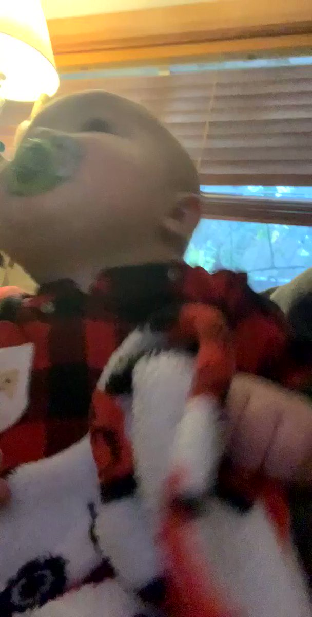 Awww my Mr. Benny loves him some @kellyclarkson and this was two Christmas's ago and he still loves when she sings. He dances and sings now! Thanks girl for always putting a smile on our faces 🥰🤩 @KellyClarksonTV #KellyClarksonShow #KellyClarkson #grandson #alwaysdance