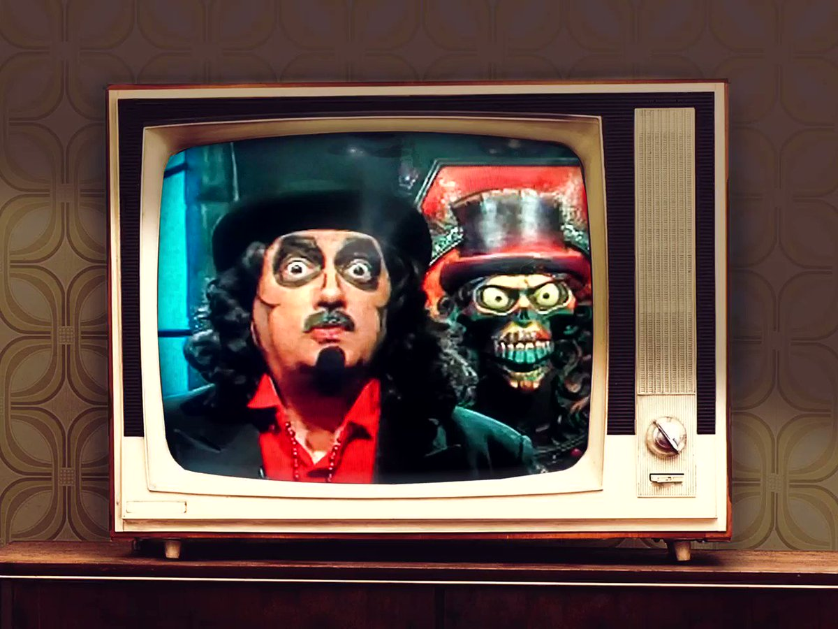 Thanks @Svengoolie and your crew for the escape of awesome Universal films. Have a great week #svenpals, please stay safe and healthy. Nighty Nite! #Svengoolie