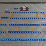 畳の上でドンキーコング!ファミコン世代は胸熱な動画です!