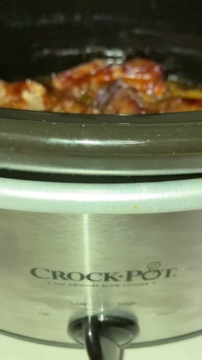 6 hours on the crockpot #yummy ❤️what's your favorite #football #food #foodie #sundayvibes