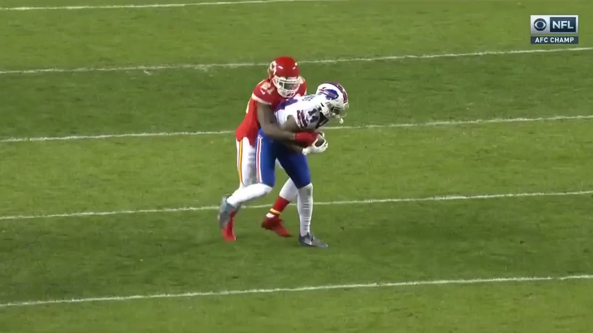 Unnecessary roughness for this beautiful German suplex?! #BUFvsKC https://t.co/NqNdgMKjmf