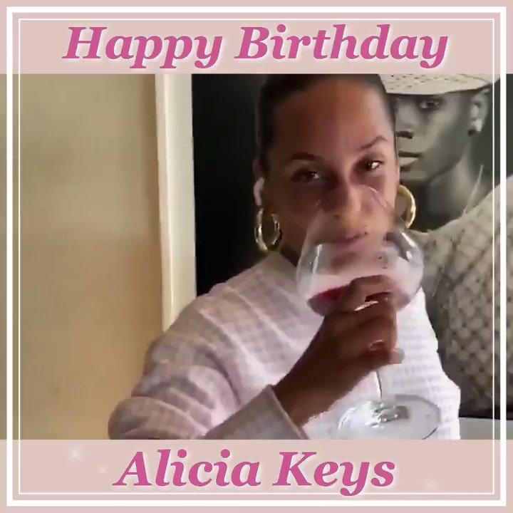 🎉🎈HAPPY BIRTHDAY🎈🎉           Alicia Keys  本日1月25日はアリシア・キーズの誕生日✨  これからも心を揺さぶる音楽を届けて下さい💜🎵  @aliciakeys  #ALICIA #HappyBirthdayAliciaKeys