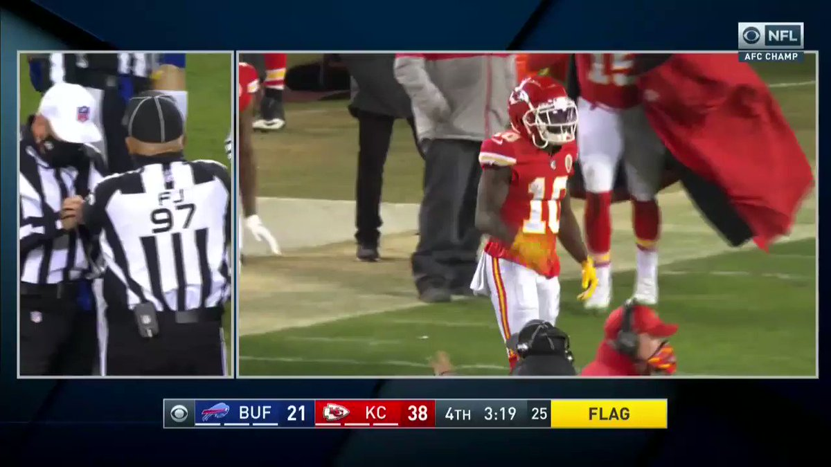 Patrick Mahomes makes heads-up plays — even when he's not in the game https://t.co/AE0bgBzztq