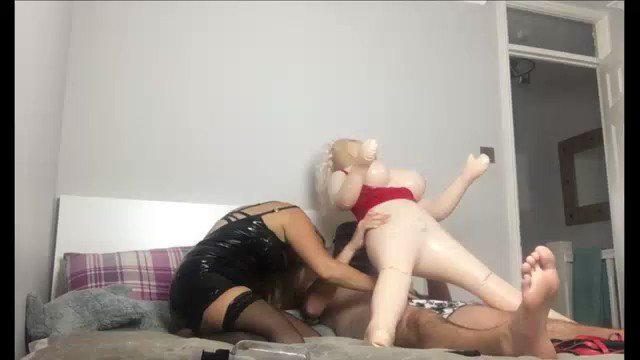 One of my Fans is enjoying my Content! You should, too! Texting Slaves Kinky Wife & Sex With A Blow up