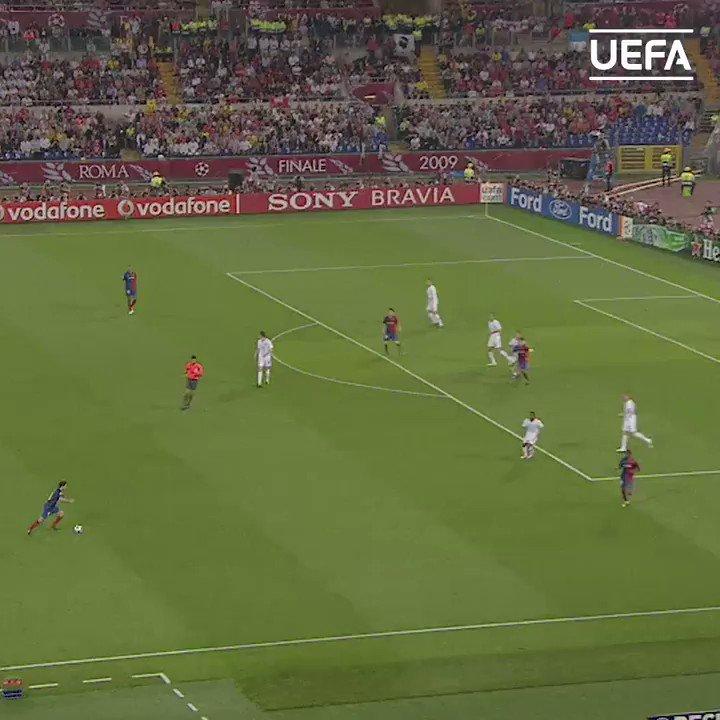 Nadie manejaba el tempo del partido como 𝑿𝑨𝑽𝑰... un 𝑴𝑨𝑮𝑶 con el balón en los pies... 🤩  🎂 ¡Muchas felicidades!  #UCL