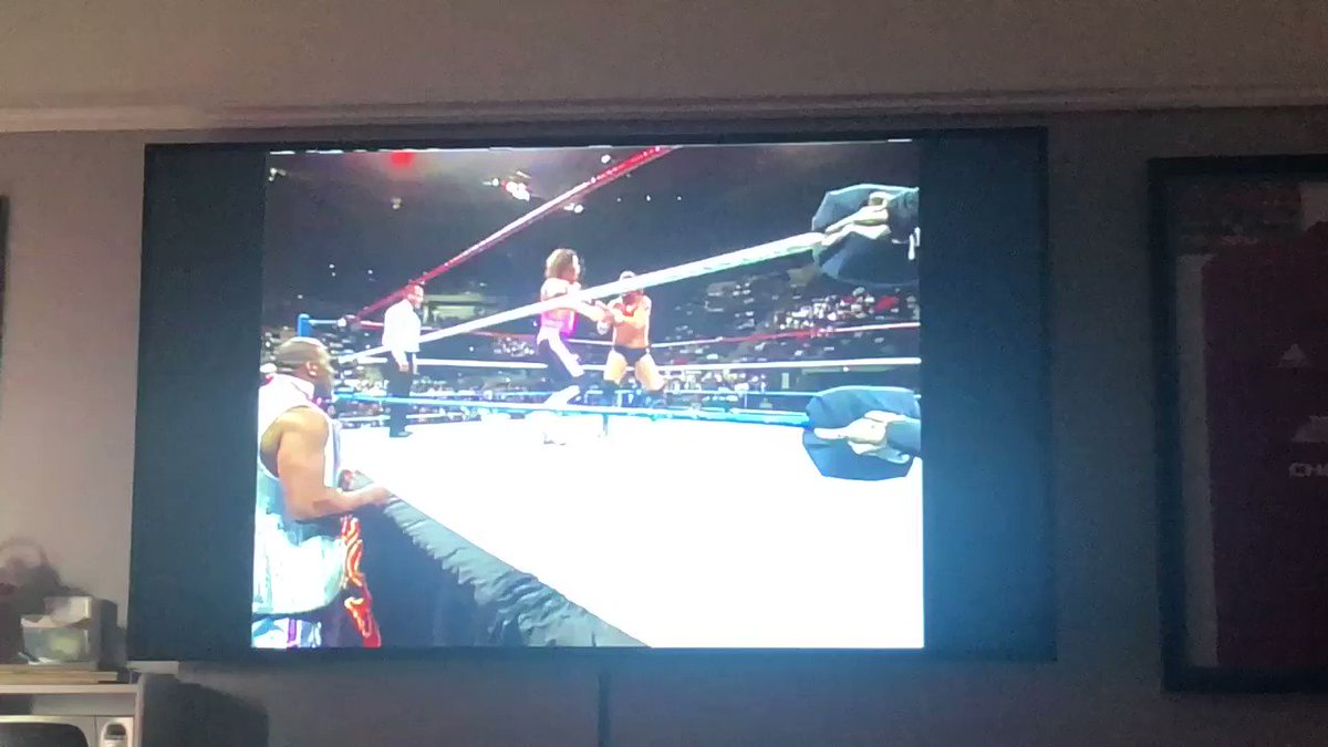 @Lawrence_Kenny @MidMondays That finish reminded me of this mate ...  @BretHart and @MDMTedDiBiase at #SurvivorSeries 1990
