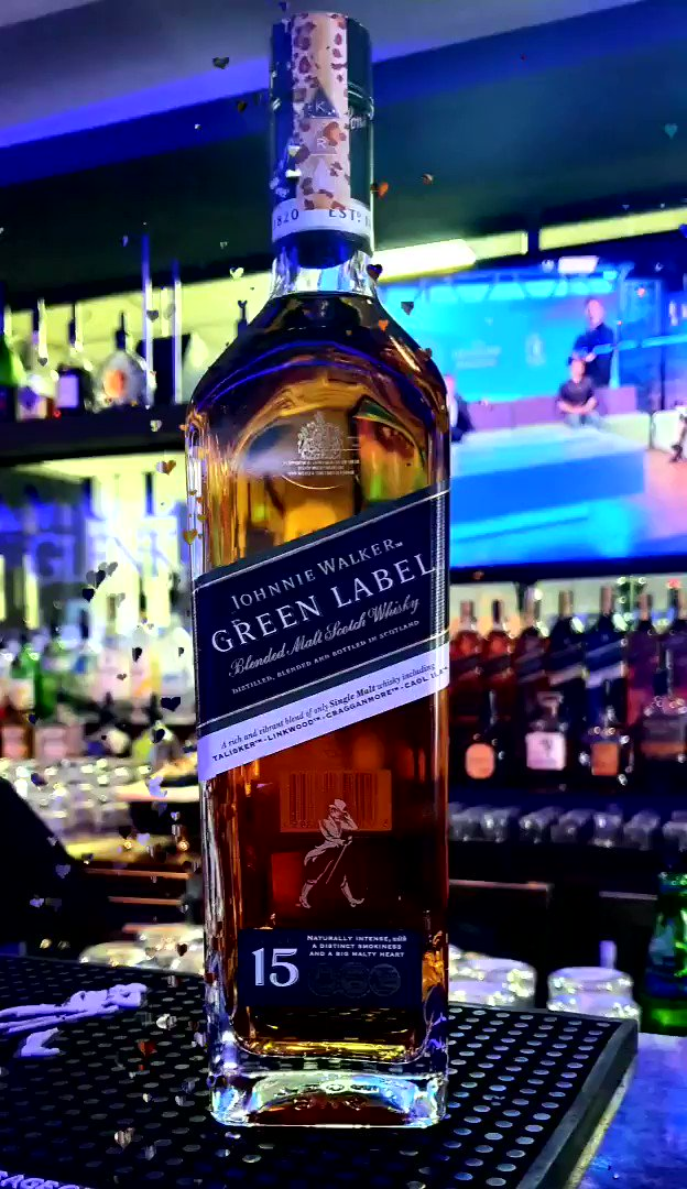 #mondaymotivation and I couldn't think of a better way to start the day than some #JohnnieWalker #GreenLabel 15yr🥃💚🔥 #lovescotch  One of the most well rounded and reasonably priced bottles in the core line, the Green Label never seems to disappoint🙏🏻🥃💚  @JohnnieWalkerKe